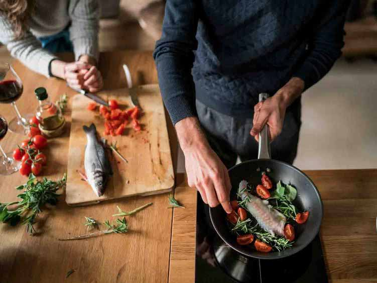 7 ways to cut down spending - cooking fish
